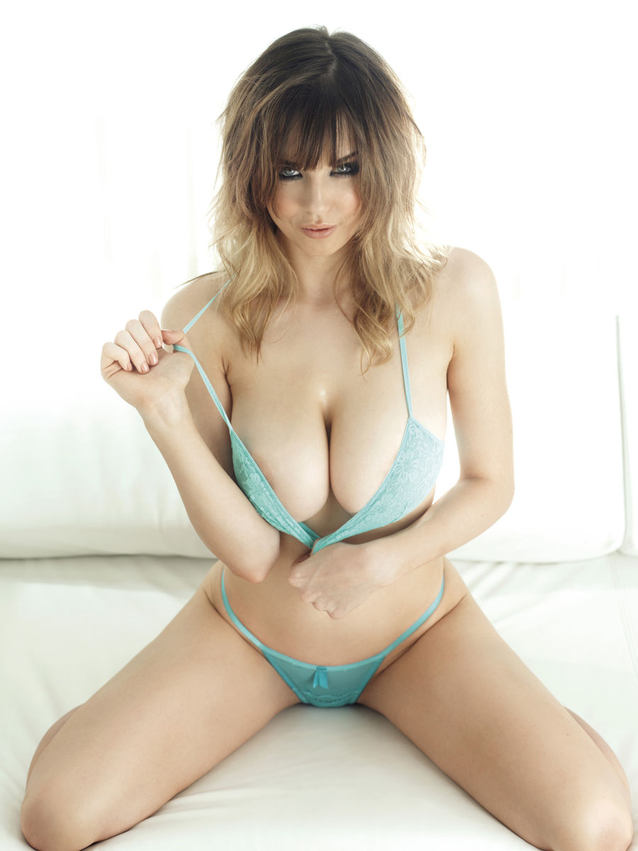 Daniellesharp Sexyimage12 1